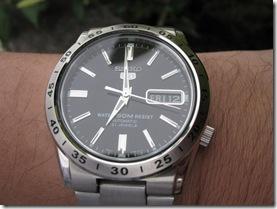 SNKE01K_wrist2 (Medium)